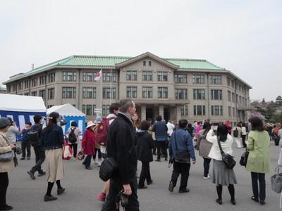 01皇居乾通り (40).JPG